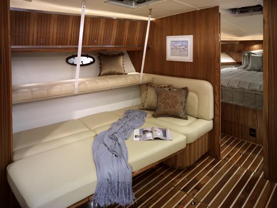 l_Tiara_Yachts_4200_Open_2007_AI-248886_II-11438495