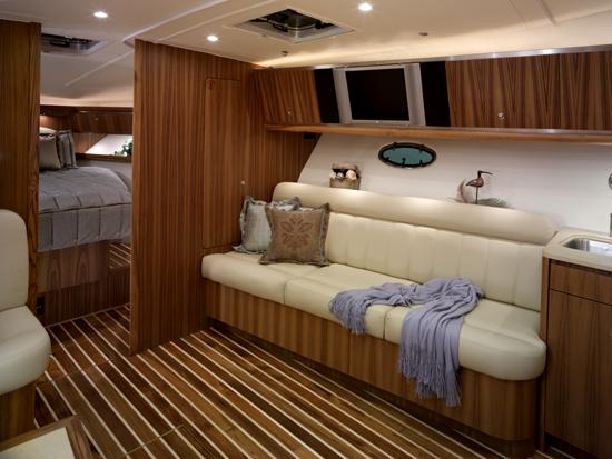 l_Tiara_Yachts_4200_Open_2007_AI-248886_II-11438497