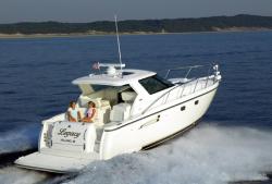 Tiara Yachts Sovran 3600 Motor Yacht Boat
