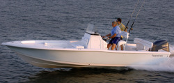 2015 - Tidewater Boats - 2400 Bay Max