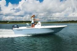 2018 - Tidewater Boats - 1800 Bay Max