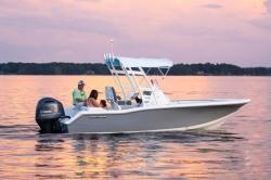 2018 - Tidewater Boats - 210 SUV