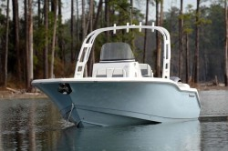 2018 - Tidewater Boats - 252 SUV