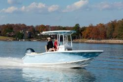 2018 - Tidewater Boats - 210 LXF