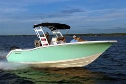 2019 - Tidewater Boats - 232 SUV