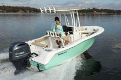 2019 - Tidewater Boats - 210 CC Adventure