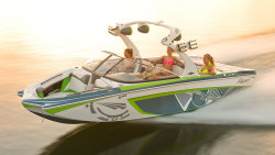 2015 - Tige Boats - RZR