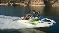 2015 - Tige Boats - R20