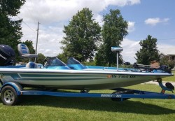 2006 - Bumble Bee Boats - 290 Pro Sport