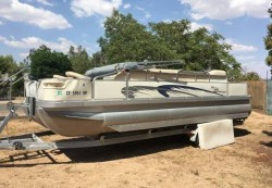 2004 - Bennington Boats - 2275RL