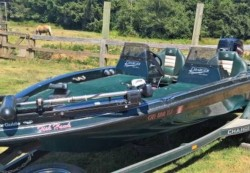 1998 - Charger Boats - 180TF