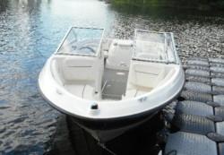 2013 - Bayliner Boats - 195 BR