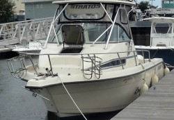 1994 - Stratos Boats - 2500 WA