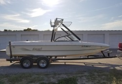 2000 - Tige Boats - 2100V Limited