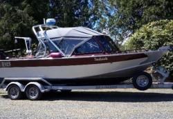 2014 - - Seahawk Cuddy 24