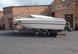 1976 - Sea Ray Boats - SRV-220 Cuddy Cabin