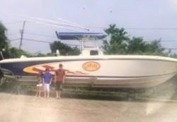 2009 -  - 33 SportFish Cruiser