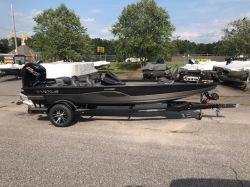 2018-vexus-avx1880 boat image
