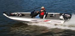 2014 - Triton Boats - X17 C