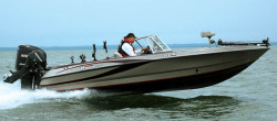 2009 - Triton Boats - 215X