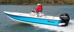 2010 - Triton Boats - 218 Bay Explorer