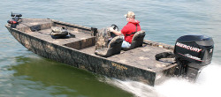 2010 - Triton Boats - Ambush 18
