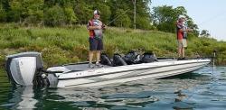2015 - Triton Boats - 22 TRX