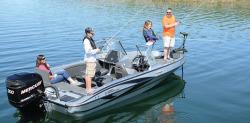 2017 - Triton Boats - 206 Allure