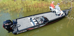 2018 - Triton Boats - 18 C TX