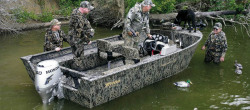 Triton Boats Frontier 17SC Hunting and Duck Boat