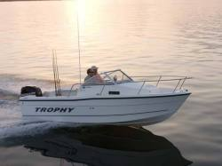 2010 -Trophy Boats - 1802 Walkaround