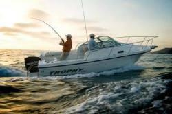 2011 - Trophy Boats - 2102 Walkaround