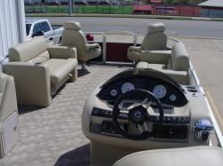 - 220 Cruise RE