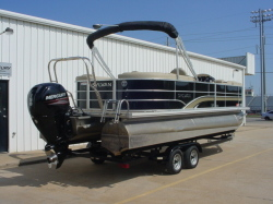 2009 - Sun Tracker by Tracker Marine - Party Barge 21 Signature