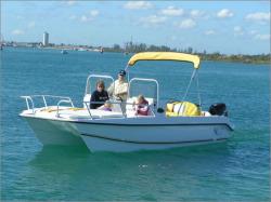 2012 - Twin Vee Boats - 22 Dual Console Ocean Cat