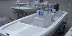 2013 - Twin Vee Boats - 19 Bay Cat