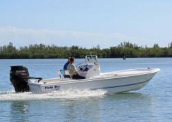 2013 - Twin Vee Boats - 22 Bay Cat