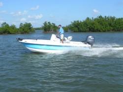 Twin Vee Boats - 19 Bay Cat