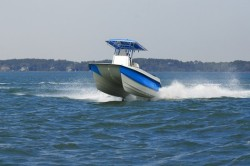 Twin Vee Boats - 22 Center Console