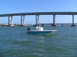 Twin Vee Boats - 22 Bay Cat