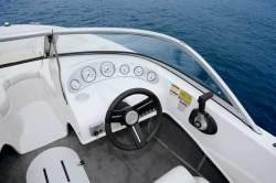 2009 - Vectra Boats - V172