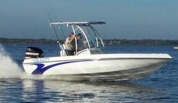 2011 - Velocity Boats - 220 CC