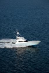 2011 - Viking Yacht - 82 C