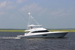 2017 - Viking Yacht - 92 C