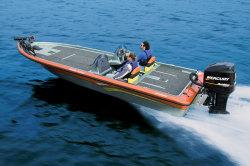 Warrior Boats V-208 Dual Console Bass Boat