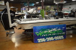 2021 Phoenix Bass Boats 921 Elite