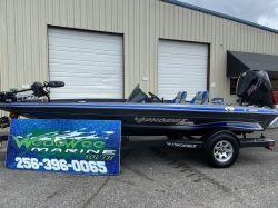 2021 Phoenix Bass Boat 818 Pro