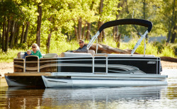 2017 - Weeres Pontoon Boats - Cadet 240