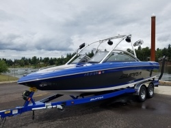 2010 - Supra Boats - Launch 22 V