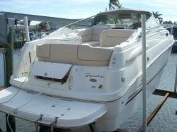 2007 Hurricane 237 Sundeck Outboard